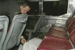 ตร.มีนบุรีรวบช่างกลปาบึ้มรถเมล์สาย 27