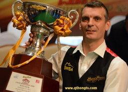 เดวิสพลิกแซงโรเบิร์ตสันซิวแชมป์6แดงโลก