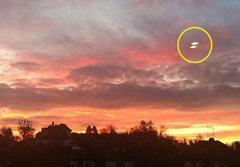 ฮือฮา! ชาวบ้านอังกฤษเห็นยูเอฟโอ 6 ลำ