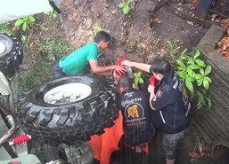2ยายหลานรถเสียหลักชนเสาเจ็บที่จันทบุรี