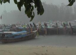 เรือนำเที่ยวกระบี่300ลำหยุดหลังฝนตกลมแรง