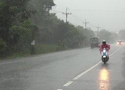 อุตุฯเตือนไทยฝนมากระวังน้ำป่า-กทม.60%