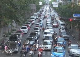 ถ.พหลฯ,เพชรบุรี, สมเด็จพระเจ้าตากสินรถติด