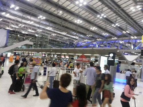 13แรงงานไทยในลิเบียบินกลับวันนี้-ยอดดับอีโบลา887