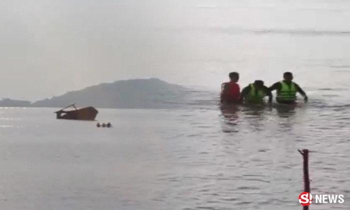 สาวทอมน้อยใจ เดินลงทะเลต่อหน้าแฟน น้ำขึ้น-คลื่นซัดเกือบช่วยไม่ทัน