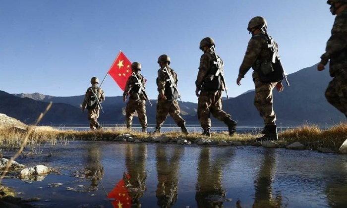 ส่องทหารชายแดนจีน แม้หยุดวันชาติ 1 สัปดาห์ แต่ยังลาดตระเวน