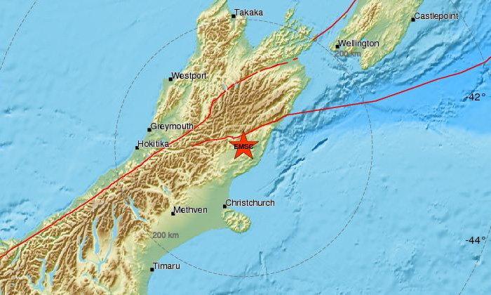 นิวซีแลนด์ แผ่นดินไหว 7.9 ประกาศเตือนสึนามิ
