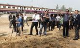 ปทุมฯผู้ตรวจการแผ่นดินลงพื้นที่ดูแนวกั้นรถไฟ