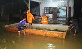 พังงาฝนตกหนักทำน้ำท่วมบ้านปชช.-ไฟดับ