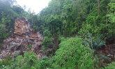 ภูเขาหินเขาช้างพังงาถล่ม-ผู้ว่าฯสั่งเฝ้าระวัง