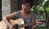 กวาง กมลชนก คุณแม่หัวใจดนตรีโชว์กีตาร์เพลงรัก