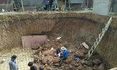 แพร่ฝนตกดินทรุดทับคนงานก่อสร้างดับ1เจ็บ1
