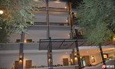 นักท่องเที่ยวชาวญี่ปุ่น ดิ่งโรงแรมชั้น 5 อาการสาหัส