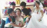 ชาวเน็ตแห่อวยพร! คู่รักเลสเบี้ยนจีนจูงมือเข้าประตูวิวาห์