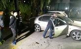 สาวกรี๊ดลั่น แฟนหนุ่มเดินขึ้นรถเก๋งยิงขมับตัวเองดับ