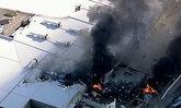 สุดสะพรึง! เครื่องบินตกใส่ศูนย์การค้าที่เมลเบิร์น เสียชีวิต 5