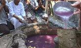วอนช่วยพิสูจน์บ่อน้ำสีชมพูผุดขึ้นวัดร้าง อ้างดื่มรักษาโรคได้