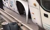 หวาดเสียว! รถบัสจีนล้อหลุด คนขับสติดี 41 ชีวิตปลอดภัย
