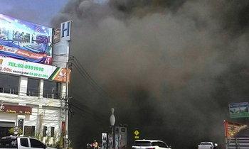 ไฟไหม้ร้านอาหารตะวันแดงราษฎร์บูรณะ
