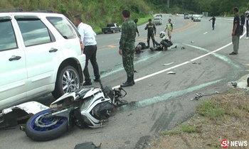 ฝาแฝดวัย 16 ปี ซิ่งบิ๊กไบค์หลุดโค้งอัดรถยนต์ บาดเจ็บสาหัส