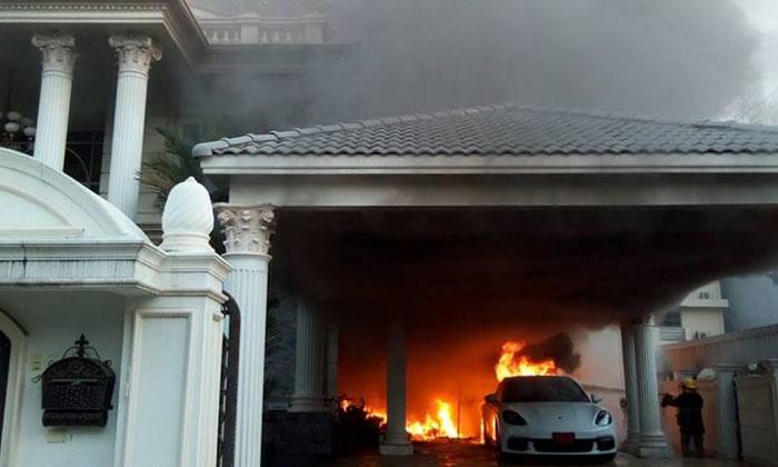 """ไฟไหม้รถปอร์เช่ป้ายแดง ก่อนลามบ้านตระกูลกริตยอานนท์ เจ้าของ """"ตราสมอ"""""""