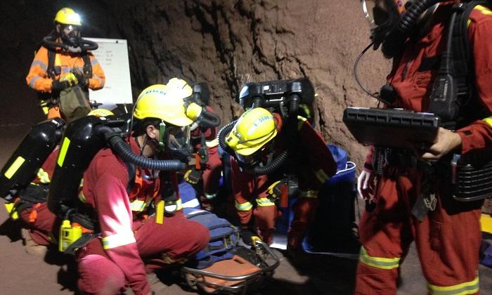 """""""ออสเตรเลีย"""" เตรียมส่งเจ้าหน้าที่ร่วมค้นหา 13 ชีวิตติดถ้ำ"""