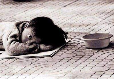 พี่เลี้ยงเด็กในอินเดียแอบนำทารกไปให้ขอทานเช่า