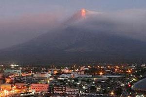 ภูเขาไฟมายอนปะทุรุนแรงขึ้น