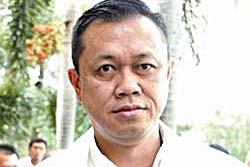 เนวินเกิดครบ 52 ปี ขอความสงบสุขคืนคนไทย