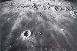 NASA พบหลักฐานน้ำ-ก๊าซ บนดวงจันทร์