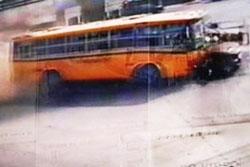 รถบัสรับลูกเสือไปเข้าค่ายเบรคแตก หวิดสยอง!