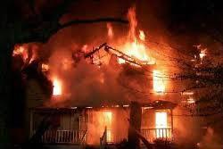 ไฟไหม้บ้านม.ร.ว.ทิพยวงศ์ เทวกุล วอด