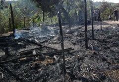 เศร้า! ไฟไหม้บ้าน 2 พี่น้องดับคากองเพลิง