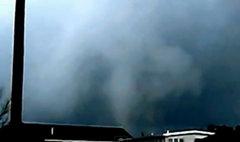 พายุทอร์นาโด 2 ลูก พัดถล่มเมืองนิวยอร์ก