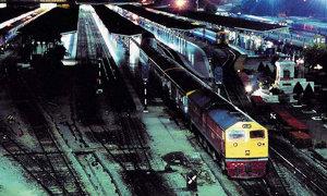 สลด! แม่ชีขึ้นรถไฟพลาด ล้มหัวฟาดบันไดตาย ที่หัวลำโพง