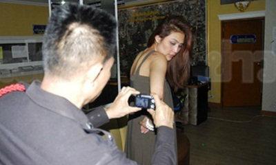กระบะชนท้ายมินิฯ สาวช่วยเพื่อนเคลียร์ถูกหนุ่มชกสลบ