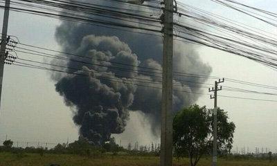 ไฟไหม้โรงงานไฟฟ้านิคมโรจนะ อพยพคนงานวุ่น