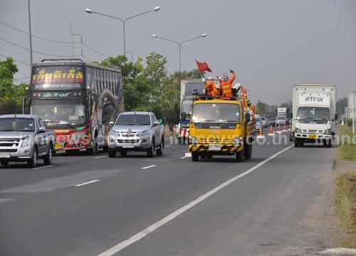 ถนนมิตรภาพรถแน่น มีอุบัติเหตุตลอดเส้นทาง
