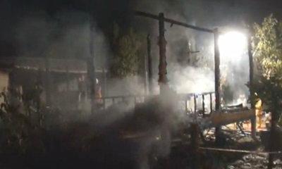บ้านถูกตัดไฟ 2 พี่น้องจุดเทียนนอน ตายคู่ในกองเพลิง