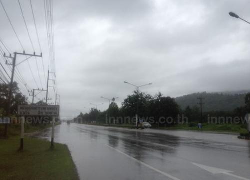 ฝนกระหน่ำระนอง3วันติด-อ.เมืองน้ำฝนสูงสุด