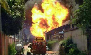 ไฟไหม้โรงงานผลิตสีพ่นรถ ชาวบ้านอพยพวุ่น