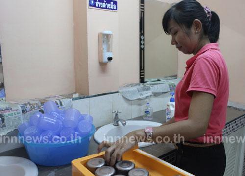 ล้างรร.โคราชหลังพบนร.เป็นโรคมือ เท้า ปาก