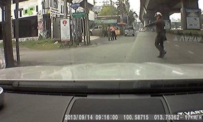 วิจารณ์ยับ! ตำรวจยัดข้อหาฝ่าไฟแดง ทั้งที่ขับผ่านไฟเขียว