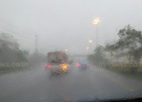 อิทธิพลดีเปรสชั่นส่งผลเพชรบุรีประจวบฝนหนัก
