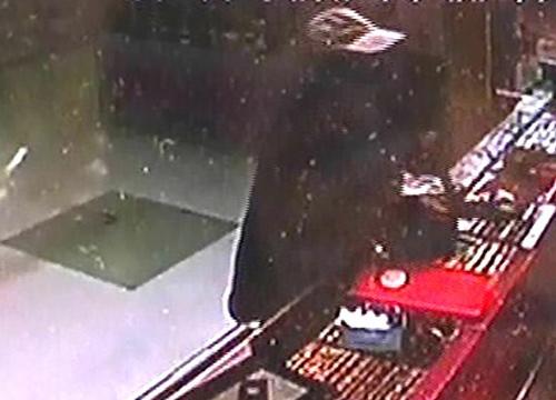 ตร.เผยยังไร้วี่แววโจรจี้ชิงทองส่งสายสืบหาข่าว