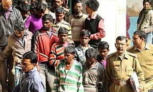 ตำรวจอินเดียรวบชาย 13 คนรุมข่มขืนหญิง