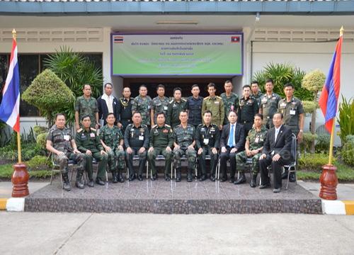 ทหารไทย-ลาว จับมือปราบยา รองรับ AEC