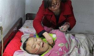 ปาฎิหาริย์มีจริง ลูกสาวสุดกตัญญูร้องเพลงรักแม่ทุกวัน ปลุกฟื้นจากอาการโคม่านาน 2 ปี