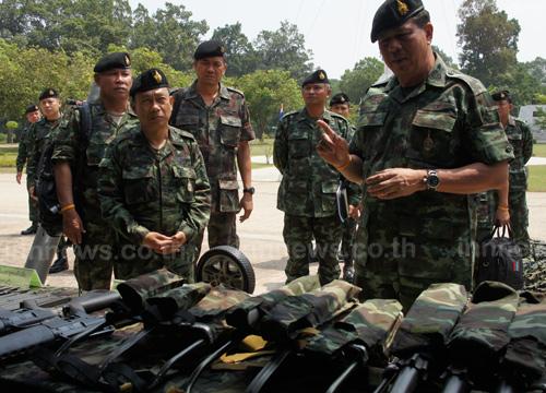 มทภ.2ตรวจเยี่ยมกรมทหารราบที่ 16 ยโสธร