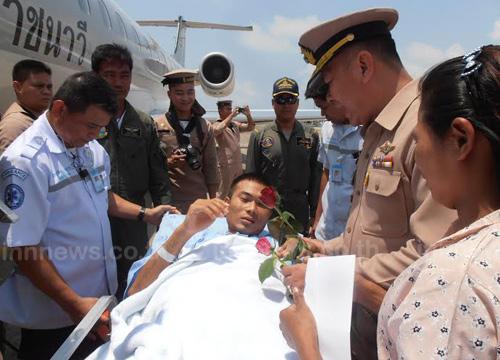 ส่งนาวิกฯบาดเจ็บเหตุไฟใต้กลับรักษาตัวสัตหีบ